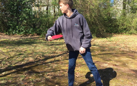 Throw yourself into the world of Disc Golf