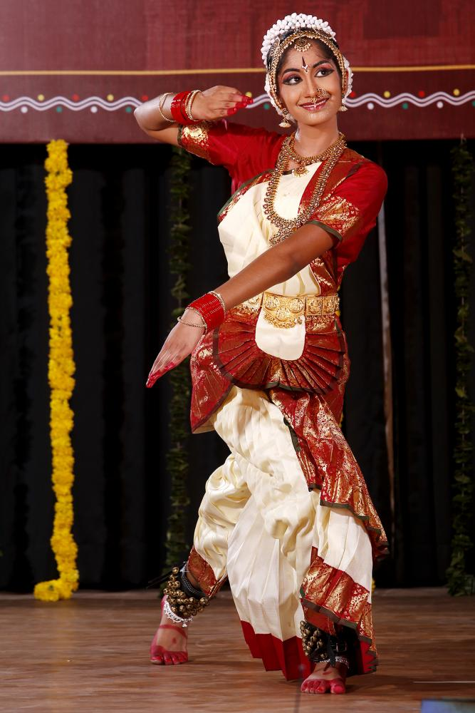 Embracing her culture, Keerti Kalluru believes it is important that people have basic knowledge of traditional Indian dancing. Keerti dances with so much confidence and energy that she makes it very difficult to look away.