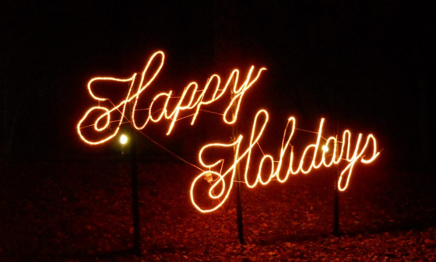 "Proclaiming ""Happy Holidays"" has caused an uproar in both the political and social fields. The all-inclusive greeting, however, serves to ensure that everyone is acknowledged, despite differences in the religious holidays celebrated during the season."