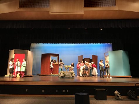 How many fools does it take to put on a play?
