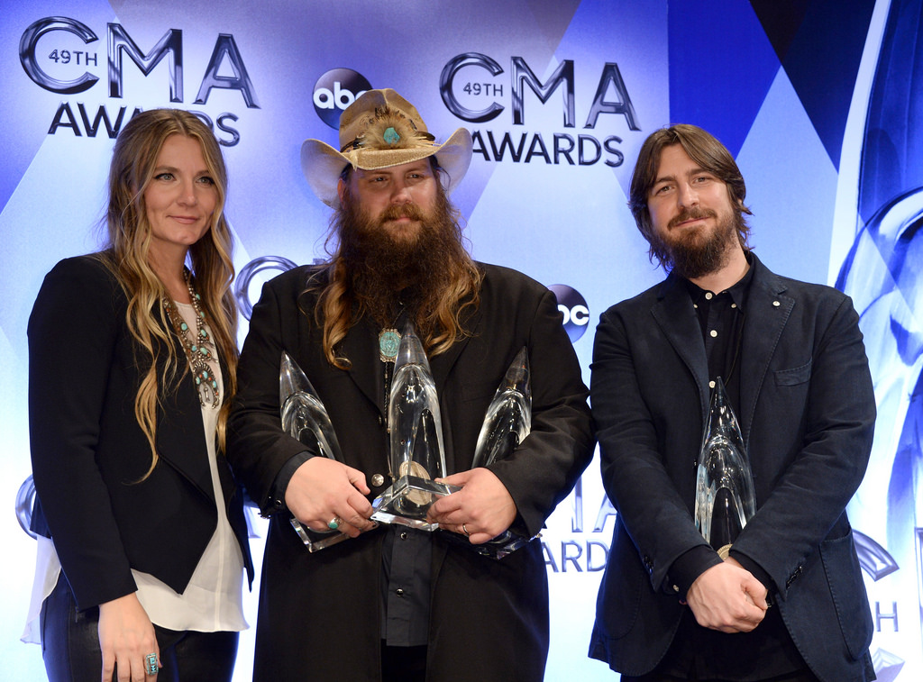 Posing proudly for the camera, 2017 Male Vocalist of the Year, Chris Stapleton shows off his many accolades from the night. Nominated in five different categories, it is expected to once again be a big night for Chris Stapleton.