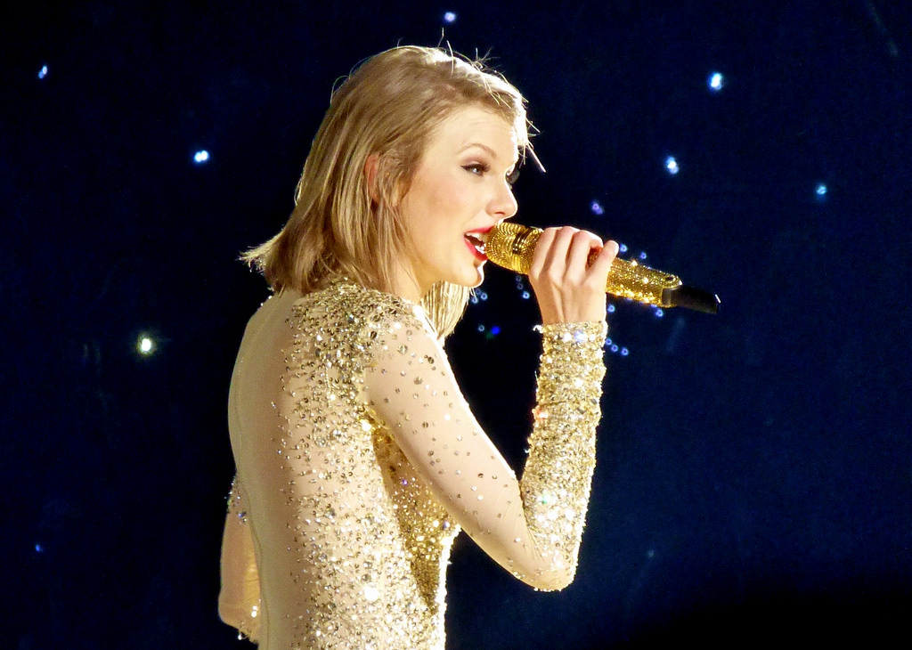 Performing one of her hit songs, pop star Taylor Swift continues her tour. Rumors continue to circle about Taylor Swift's possible engagement to English actor Joe Alwyn as their relationship gains more attention.
