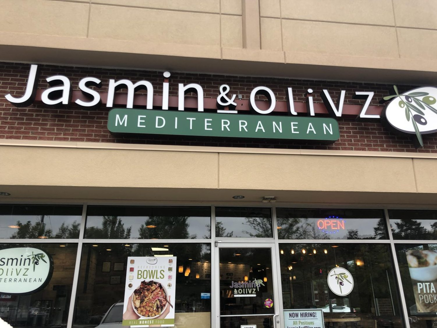 Showcasing their delicious bowls in the storefront window, Jasmin and Olivz offers a wide variety of Mediterranean meals. Jasmin and Olivz is located in the Falls Village shopping center, making it a perfect option for off-campus lunch.