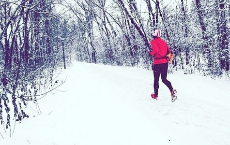 Jogging in the snow, this runner does not let the harsh temperatures interfere with their workout schedule. There are many advantages to exercising in the cold, and it is not worth skipping a workout because of the weather during the winter season.