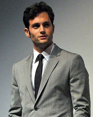 Staring off into the distance, Penn Badgley gives off an unsettling vibe. Viewers who have seen him star in other shows are starting to now notice his roles having an odd similarity.