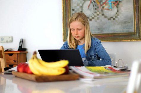 Balancing screen time and virtual learning